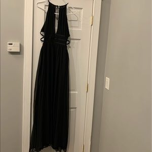 Black strappy side, plunge-, cut out maxi dress